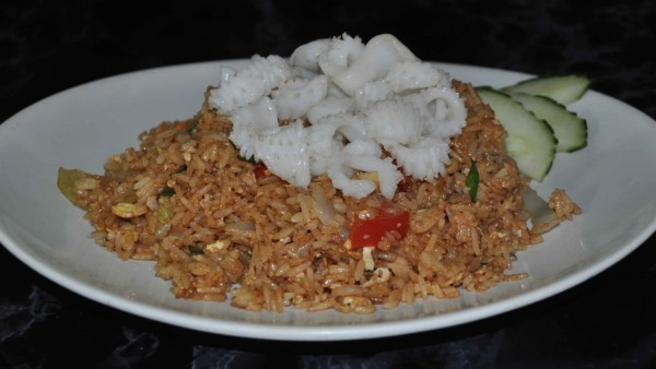 Plats garnis mille elephants restaurant asiatique - Cuisine thailandaise traditionnelle ...